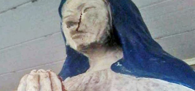 Worshippers at a rural church were stunned to see the statue of the Virgin Mary weep blood as they prayed. The congregation have declared the incident a miracle at the remote venue in in the Manuripi-Heath Amazonian Wildlife National Reserve in the Pando Department in Bolivia. Local priest Jose Luis […]