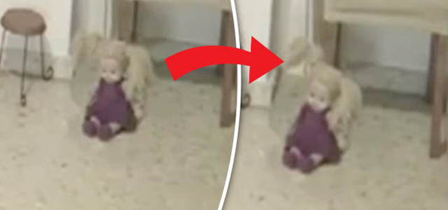 The clip begins with the youngster – who looks around six or seven – playing with her doll. Another of the dolls sits a few feet away from her. Suddenly, it appears to move its head completely of its own accord. The child continues to play – oblivious to the […]