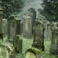 Redit is known for it's wealth of horror stories and here are 10 of the best concerning graveyards!
