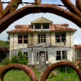 How to Live in a Haunted House… You've found the perfect house for a reasonable price, and it has enough room for you and your family. What happens when living in the seemingly perfect house leads you to experience strange events like hearing voices, objects being moved around and strange […]